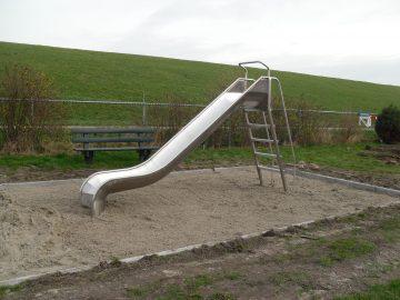 IJslander speeltoestel glijbaan H: 1.5m