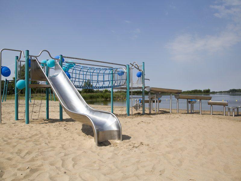 1999-342 Water- en speeltoestel