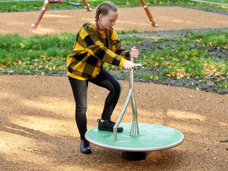 Click & Play Spriet draai spelend kind