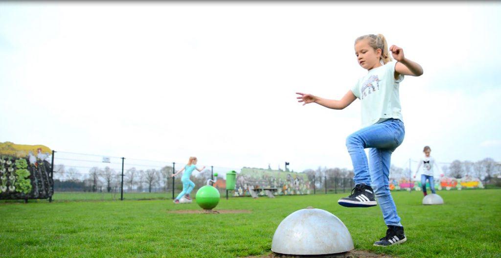 Spelende kinderen Sound Play Space